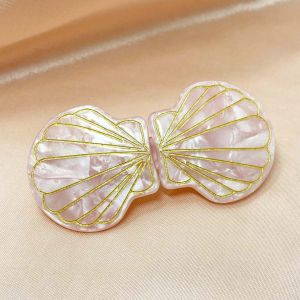 Siren Shell Hairclip in Pink