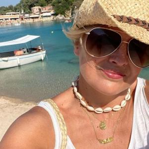 Bondi Beach Cowry Shell Choker Necklace